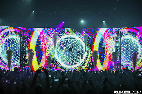 productionclub-zedd-truecolorstour-worldwide-2015-20.jpg