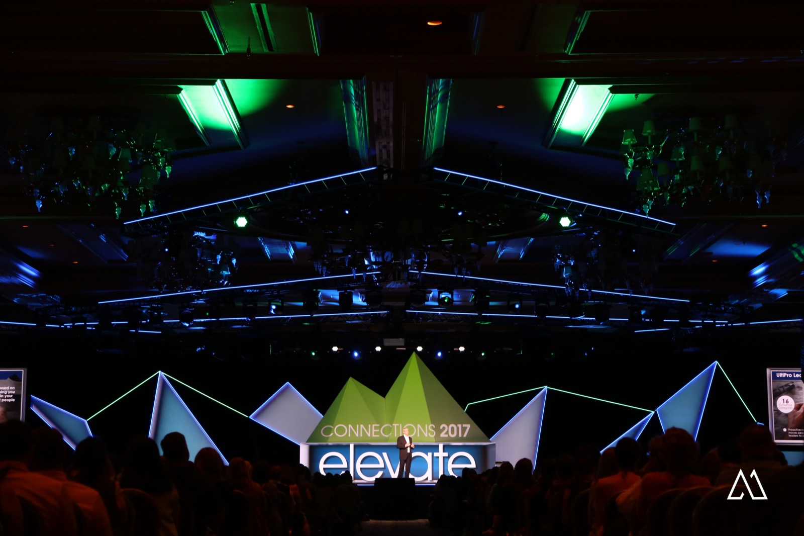 Photos: Projection Mapping and 12 channels of SDI - Resolume Forum